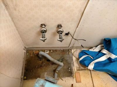 洗面化粧台 取り外し 撤去  給水管 排水管 マンション 神戸市 トラブラン