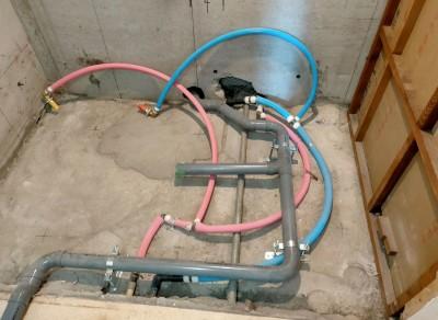 工事 給水管 配管工事 水廻り 水 お湯 お風呂場 バスルーム 神戸市 トラブラン