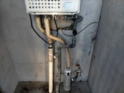 給湯器 ニュー ノーリツ 外扉内 壁掛け ガス 交換 工事 マンション 神戸市 トラブラン