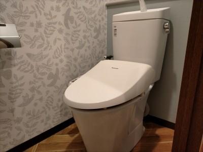 トイレ アフター 壁紙 タンク 便器 施工後 トラブラン 神戸市
