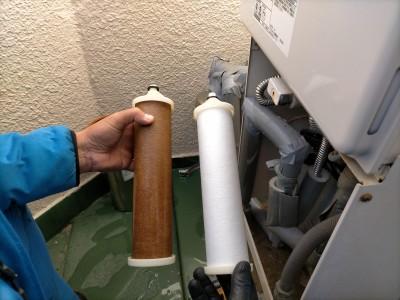 給湯器 給水部分 除濁器フィルター 変色 新しいフィルター 交換 神戸市 トラブラン