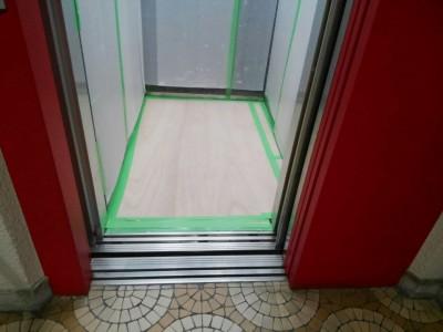 マンション エレベーター 養生 工事 シート 壁 保護 神戸市 トラブラン