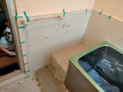 壁 床 タイル 剥がし 床斫り 養生 段差 工事 神戸 トラブラン