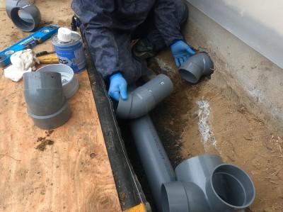 配管設置 採寸 取付け作業 排水マス交換工事 神戸市 トラブラン