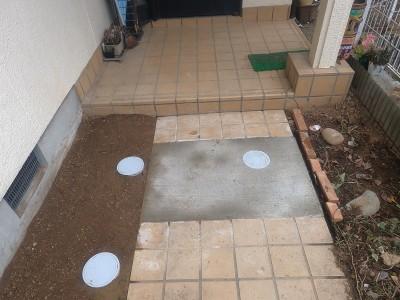 工事完了 排水桝 塩ビ桝 交換 コンクリート 住宅 庭 玄関前 神戸市 トラブラン