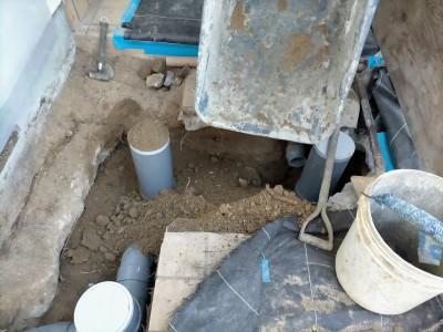 土の埋戻し作業 桝設置後 強い固める 神戸市 トラブラン