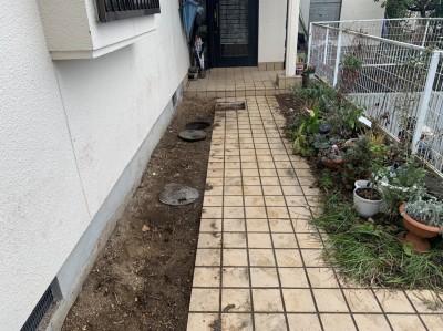 戸建 コンクリート桝 交換工事 植物の撤去後 神戸市 トラブラン