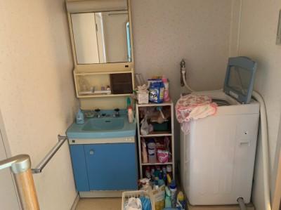 リフォーム 洗面化粧台 洗濯パン 脱衣所 工事前 神戸市 トラブラン
