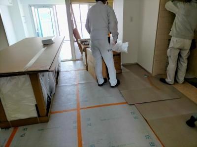 キッチン搬入 マンション 取付け作業 神戸市 トラブラン