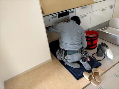 ガスコンロ設置 ガス管接続 キッチン 神戸市 トラブラン