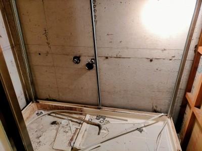 ユニットバス 解体作業 リフォーム マンション 神戸市 トラブラン