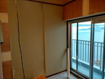 和室のリフォーム 壁紙張替え 砂壁調壁紙 神戸市 トラブラン