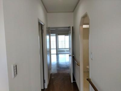 マンションリフォーム 施工後 玄関 廊下 賃貸 神戸市 トラブラン