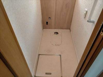 トイレ 配管スペース コンパネ張替え 交換工事 神戸市 トラブラン
