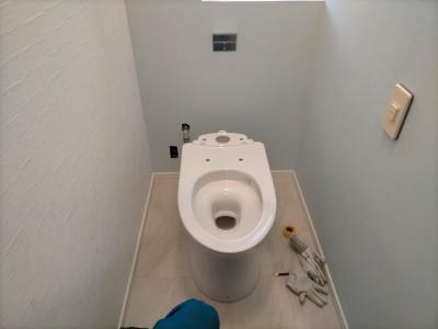 トイレ レストパル 取付け 工事 便器 床排水 神戸市 トラブラン