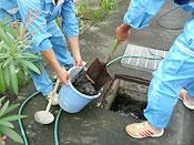 雨水マスの洗浄